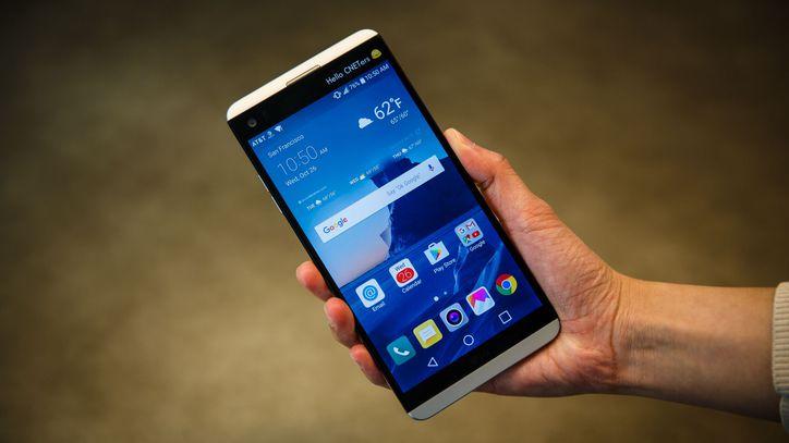 Thay mặt kính LG V20: Tìm địa chỉ uy tín để gửi gắm