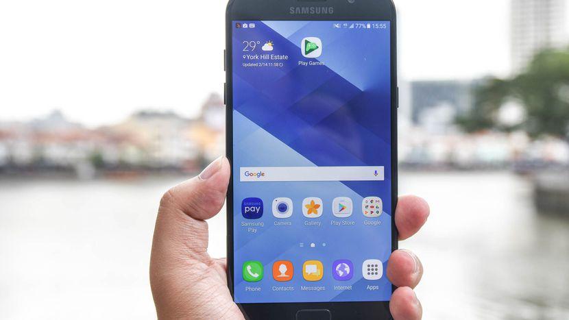 Màn hình Samsung A7 lại trở nên đẹp như mới sau khi thay mặt kính zin, chính hãng