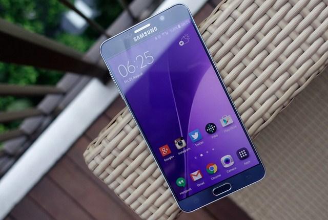 Dịch vụ thay màn hình Samsung Note 5 nhanh chóng tại CareMobile.vn