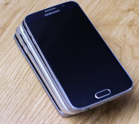 Tại Caremobile, thay chân sạc Samsung đảm bảo uy tín, chất lượng cho khách hàng