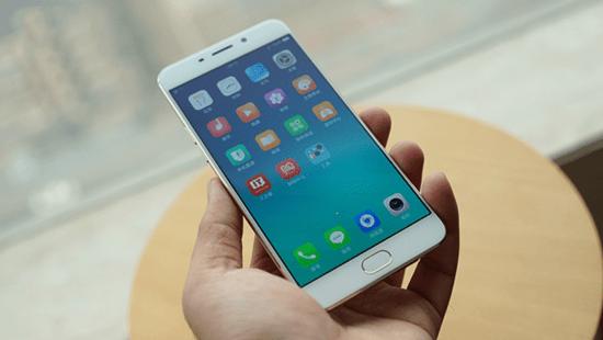 Quy trình thay ic Wifi Oppo F1 Plus tại CareMobile
