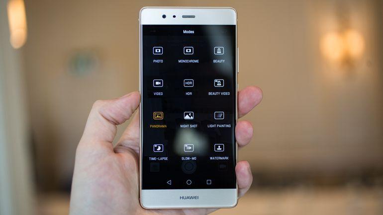 Màn hình Huawei P9 L29 bị lỗi khá dễ nhận biết