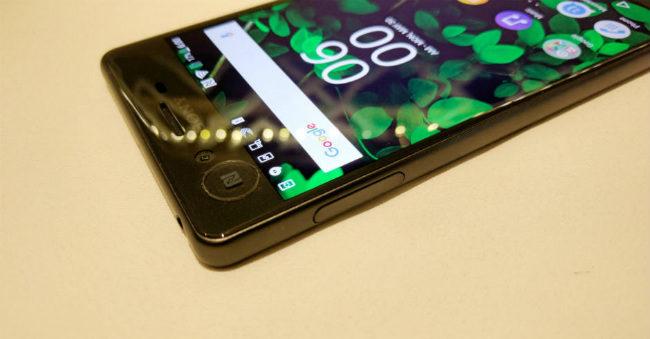 Thay mặt kính cảm ứng Sony Xperia XZ Dual