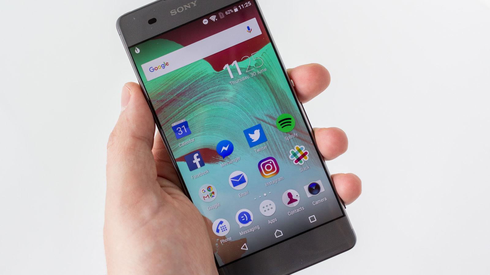 Gọi hotline để biết được giá thay màn hình Sony XA chính xác nhất