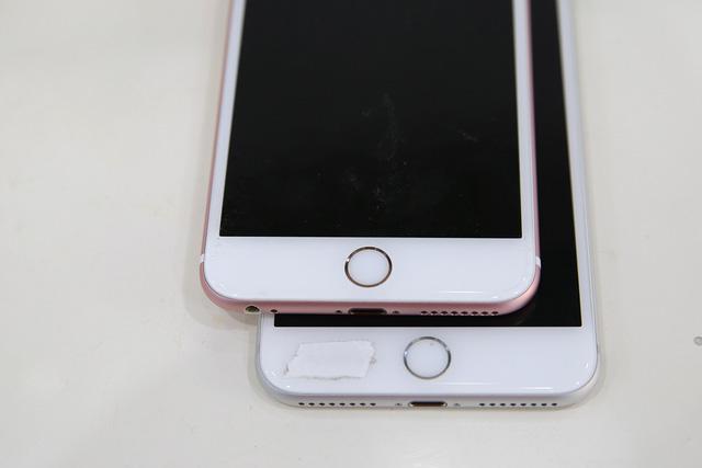 Dùng màn hình mới để kiểm tra chính xác là phải thay màn hình iPhone 6 Plus hay không?