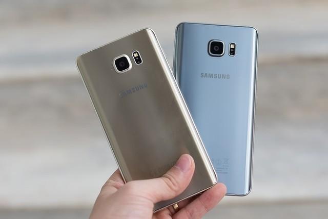 Thay nắp lưng Samsung Note 5 chính hãng để đảm báo sự lâu bền