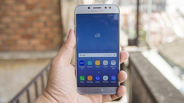 Thay màn hình Samsung J7: chất lượng, nhanh chóng