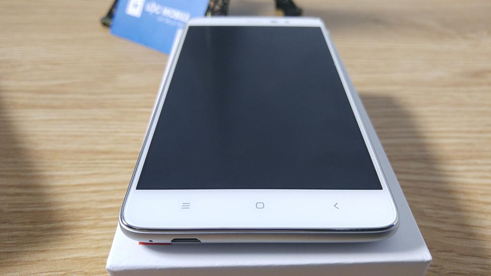 Xiaomi Redmi Note 3 Pro đang dùng tự dưng sập nguồn