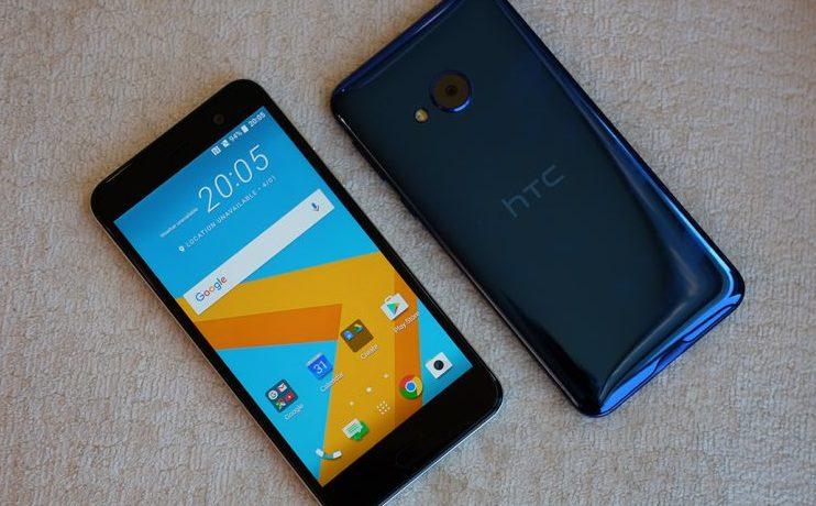 Các bước sửa, thay IC Wifi HTC U Play tại trung tâm Caremobile.