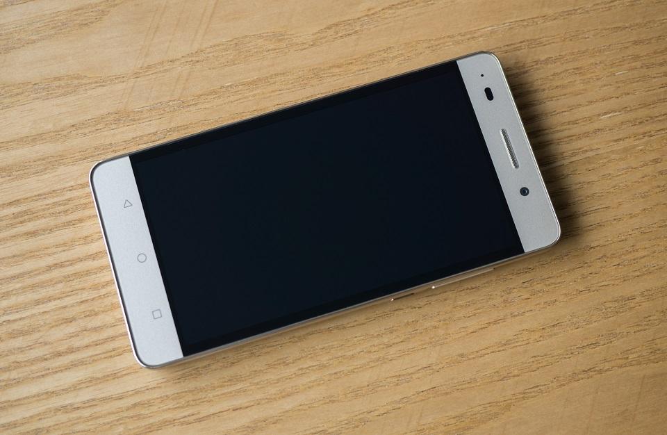 Sửa Huawei Honor 4C mất nguồn tại Caremobile