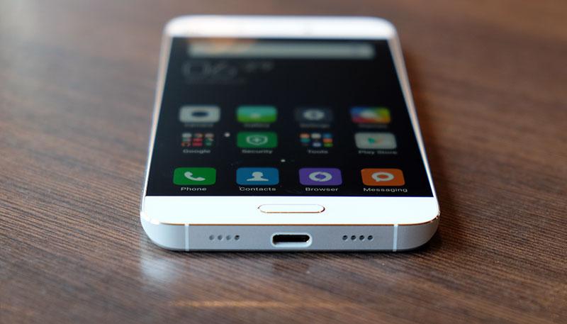 Thay mic Xiaomi Mi 5, 5S, 5C, 5X: Caremobile đảm bảo sự uy tín.