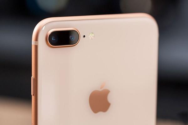 Cam kết khi thay kính camera iPhone 8 Plus tại Caremobile: Kính Zin, chất lượng.