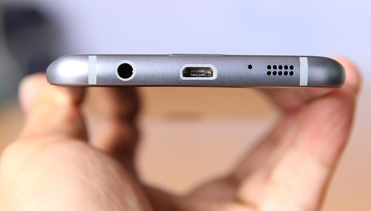 Caremobile chuyên nhận sửa Samsung S7, S7 Edge không nhận sạc, lỗi sạc