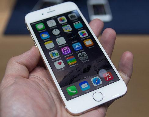 iPhone 6 Plus liệt cảm ứng: Kiểm tra kĩ để biết chính xác do lỗi màn hay IC cảm ứng.