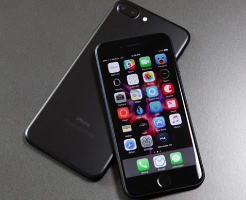 Bộ đôi iPhone 7 và 7 Plus: Người dùng phàn nàn về lỗi đơ cảm ứng màn hình