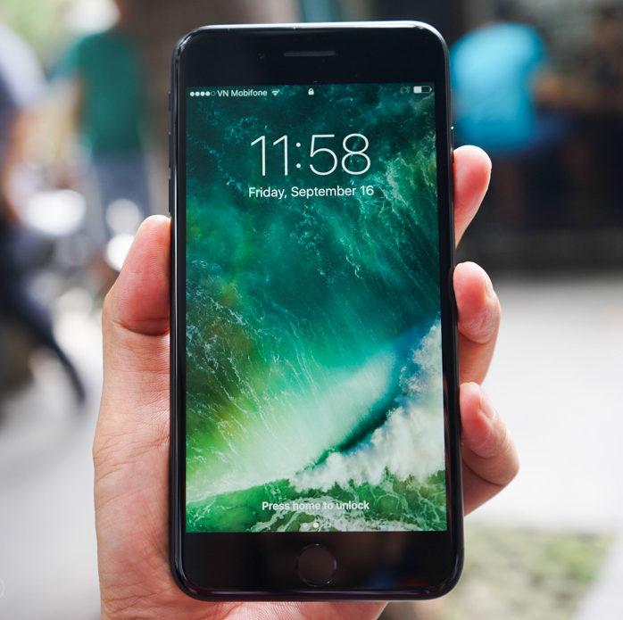 Dịch vụ thay màn hình iPhone 7 Plus tại Hà Nội