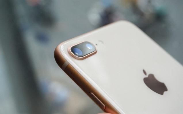 Vấn đề giá cả thay kính camera iPhone là không cần lo nghĩ khi đến với chúng tôi