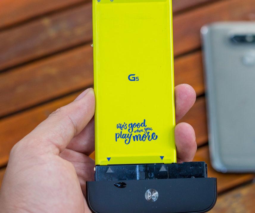 LG G5 lỗi pin và cần thay pin chính hãng mới.