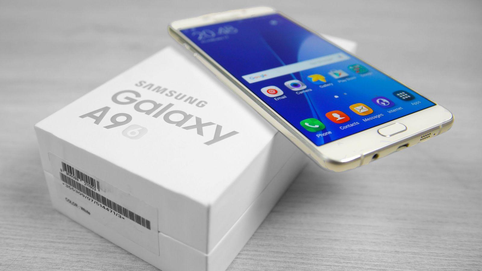 Thay loa trong, loa ngoài Samsung A9 giá rẻ tại Hà Nội.