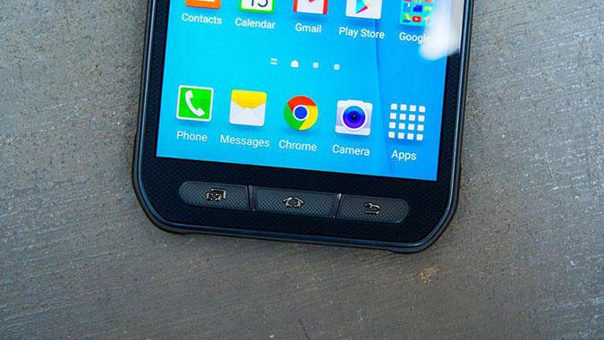 Ngoài đi tìm địa chỉ thay màn hình Samsung S6 chính hãng, cần tìm nơi có thợ sửa chữa tay nghề cao