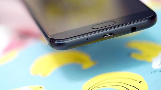 Trường hợp Samsung rơi vỡ kính thì nên đi thay ngay