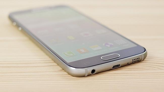 Samsung S6 không nhận sạc chủ yếu do chân sạc hoặc IC sạc
