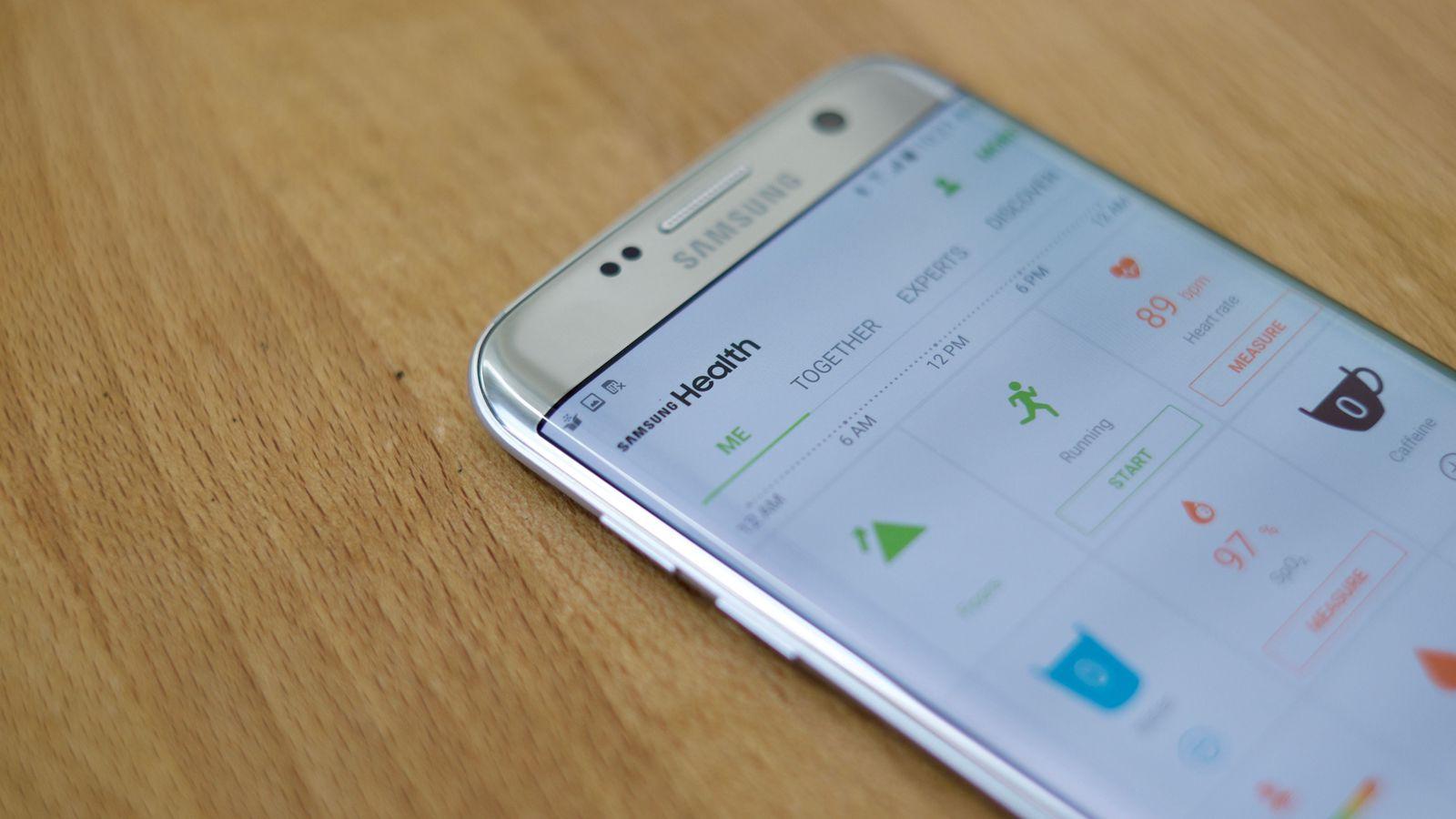 Vì sao nên chọn dịch vụ sửa Samsung S7 Edge không lên nguồn, lỗi nguồn tại Caremobile?