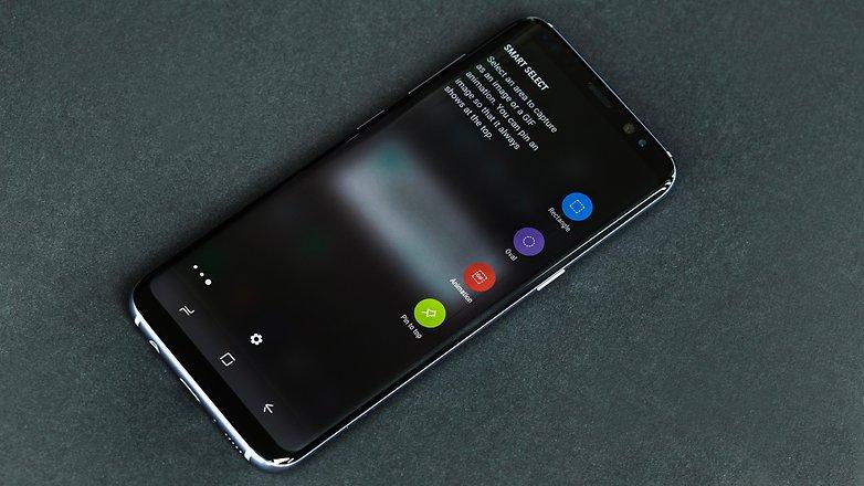 Để ý một tí sẽ dễ dàng nhận biết Samsung S8, S8 Plus lỗi loa trong hay loa ngoài