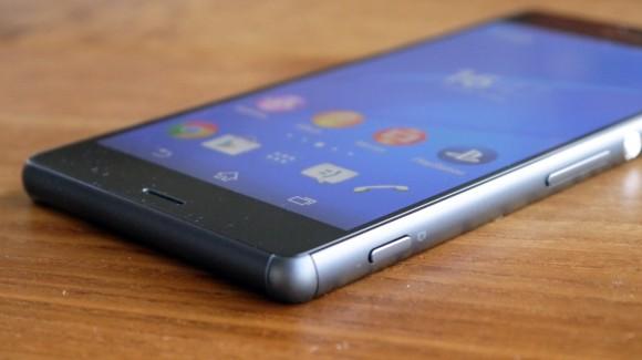 Hiện tượng Sony Z3 bị đen màn hình, mờ đèn màn hình.