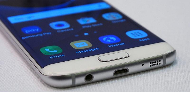 Cắm sạc Samsung S7 Edge không nhận sạc cũng có thể do IC Sạc
