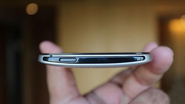 Thay nút nguồn HTC chính hãng, Zin tại Caremobile