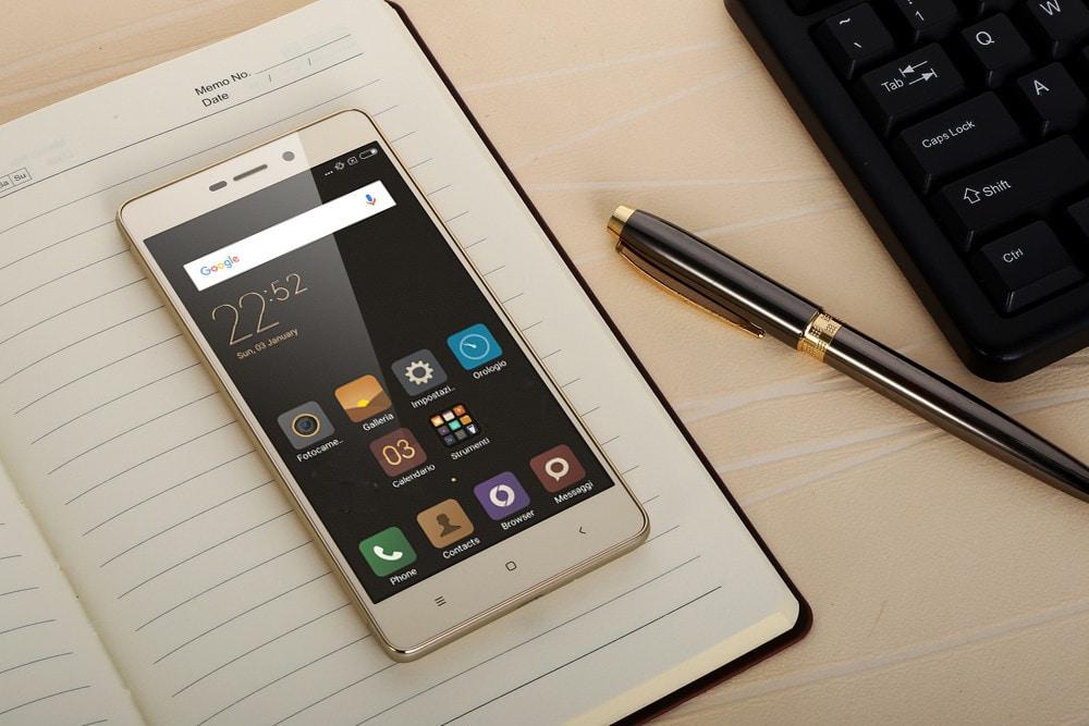 Trường hợp  màn LCD vẫn hiển thị bình thường thì chỉ cần thay kính cảm ứng Xiaomi Redmi  3s là được.
