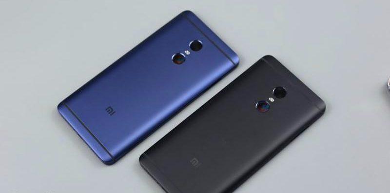 Quy trình thayvỏ Xiaomi Redmi Note 4 tại Caremobile diễn ra khá nhanh chóng.