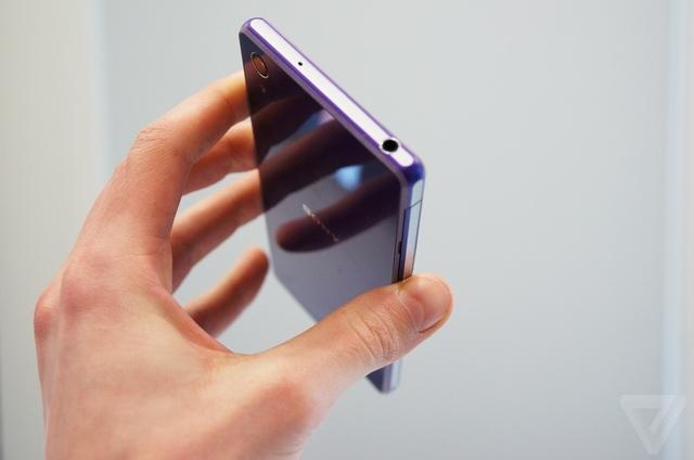 Thay mặt kính, màn hình Sony Z2 tùy từng trường hợp khác nhau.