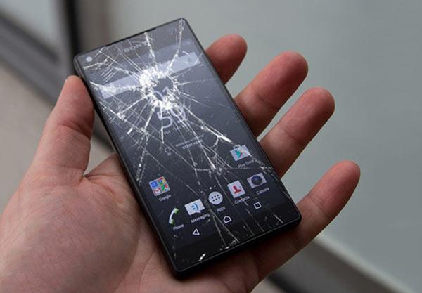 Mặt kính cảm ứng Sony Z5 bị vỡ nát
