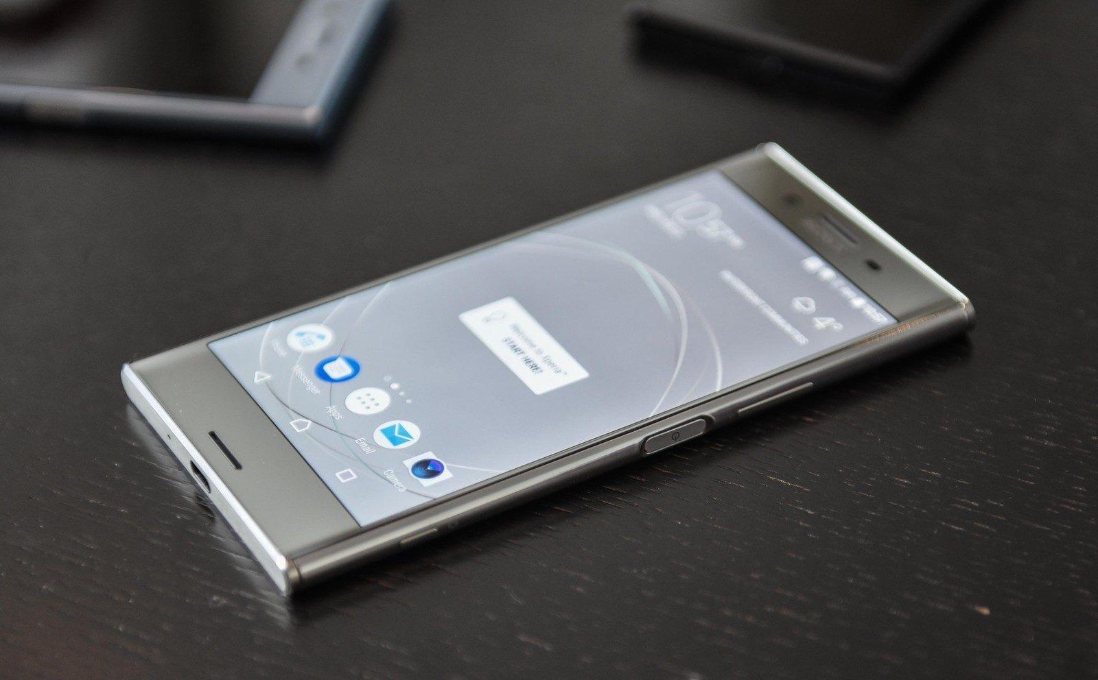 Thay mặt kính Sony XZ Premium