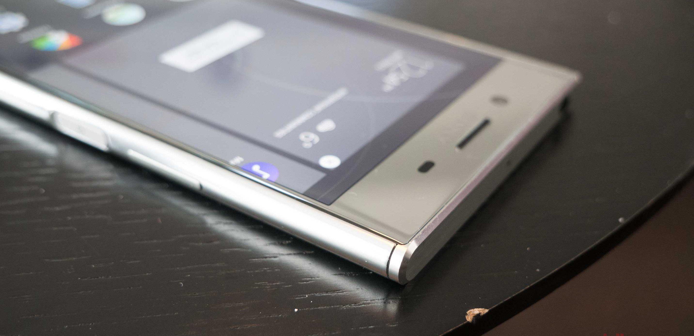 Thay kính Sony XZ Premium nên cam kết chất lượng cho người dùng
