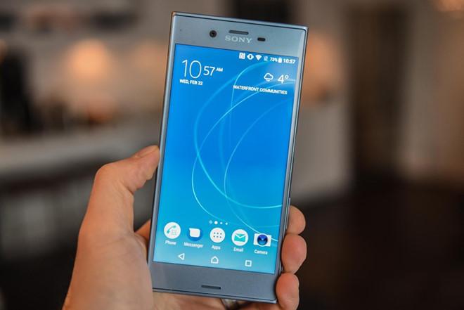 Thay mặt kính Sony XZs tại Hà Nội