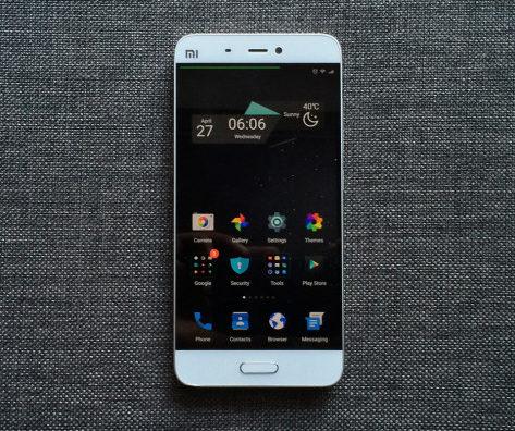 Dịch vụ thay mặt kính Xiaomi Mi 5 tại trung tâm CareMobile