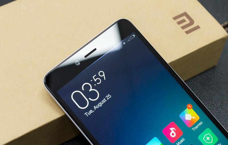 Mức giá thay mặt kính Xiaomi Redmi Note 2 tại Caremobile luôn ổn định