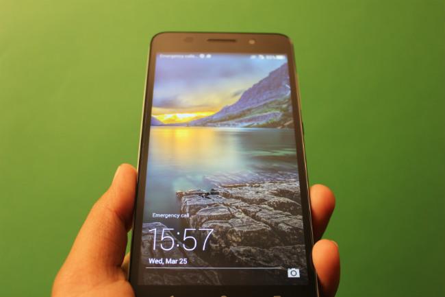 Thay xong màn hình Huawei Honor 4x đẹp mới như ban đầu