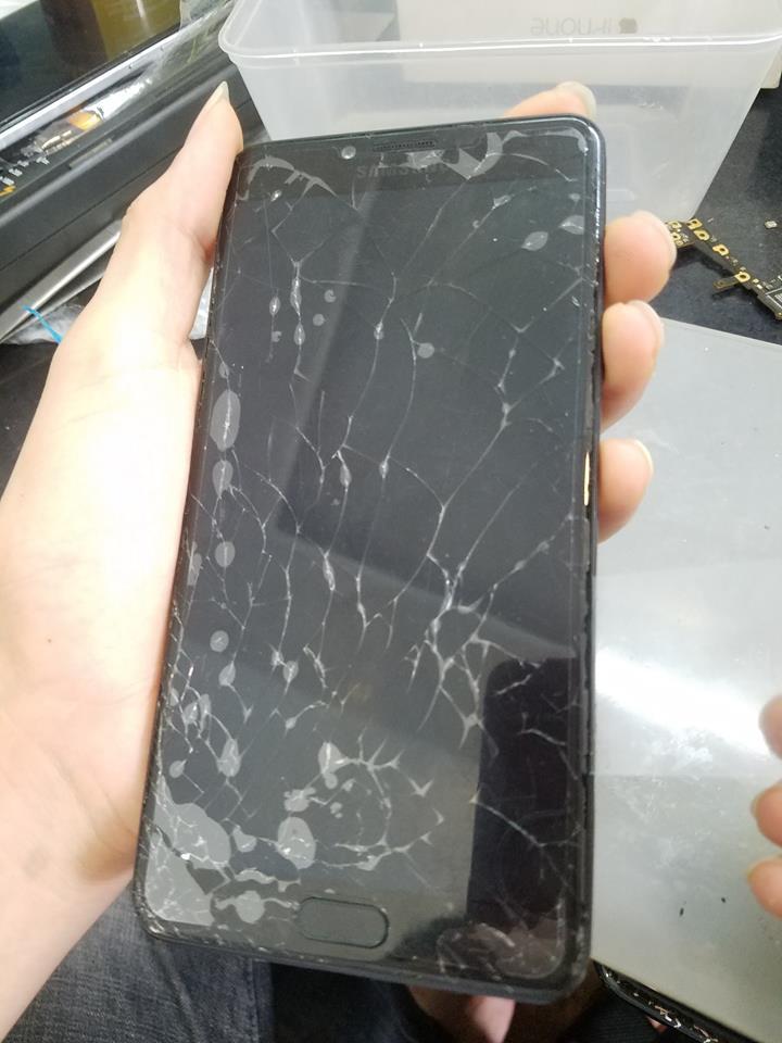Ép kính Samsung nhanh chóng, giá rẻ tại Hà Nội.