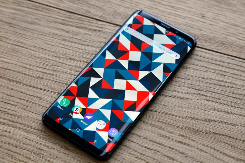 Samsung S10 sẽ được thiết kế màn hình tràn viền 100%