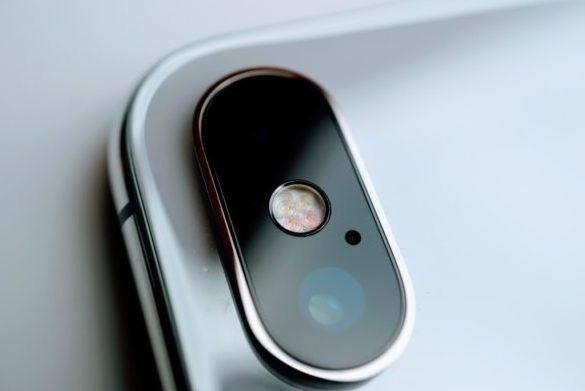 Thay kính camera iPhone Xr chính hãng tại Caremobile