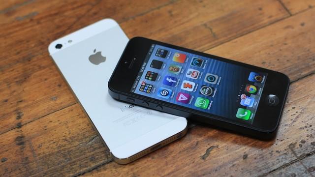 Thay camera trước iPhone 5S chính hãng tại trung tâm Caremobile