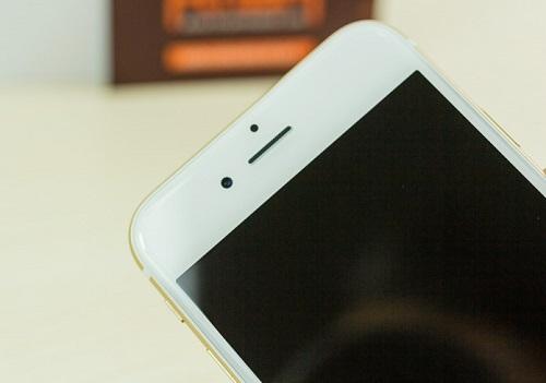iPhone 6 lỗi chân sạc: Máy hết pin không thể nạp pin vào