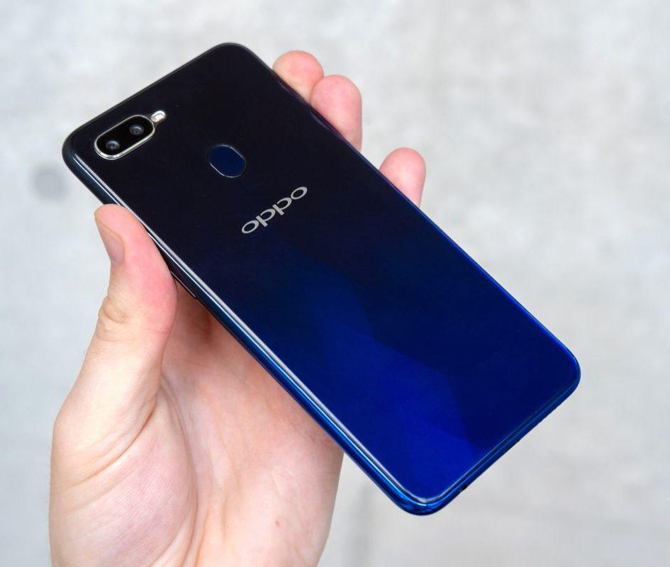 Dịch vụ thay pin OPPO F9 chính hãng, giá tốt ở Hà Nội