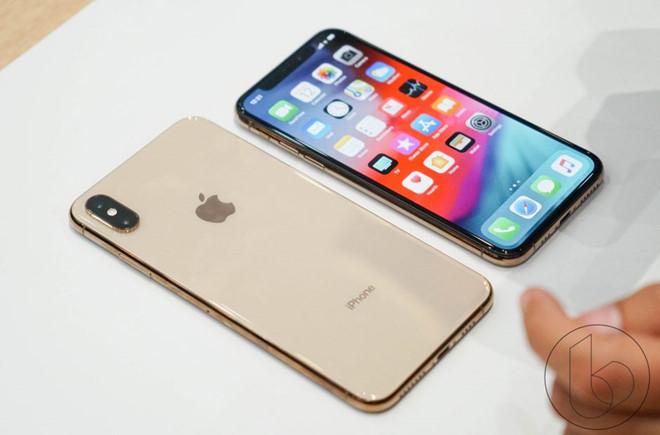 iPhone XS Max: Màn hình khủng nhất lên đến 6,5 inch