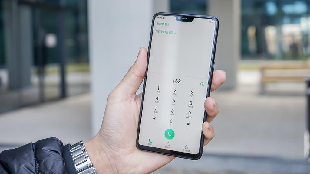 Dịch vụ thay màn hình Oppo R15 uy tín, chất lượng tại CareMobile