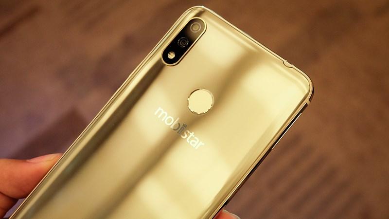 Mobiistar X sở hữu thiết kế thời thượng như iPhone X